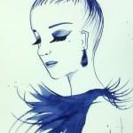 Femme à plumes bleue